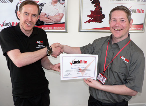 LockRite Franchisee Ray Cordery Receiving Certificate
