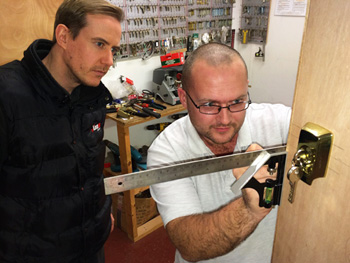 Locksmith Franchisee In Training - Fitting Lock To Wooden Door